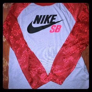 Nike Skateboarding Long Sleeve Tee EUC!